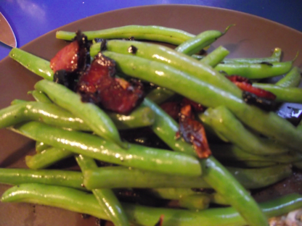 Green Beans with Bacon Dressing